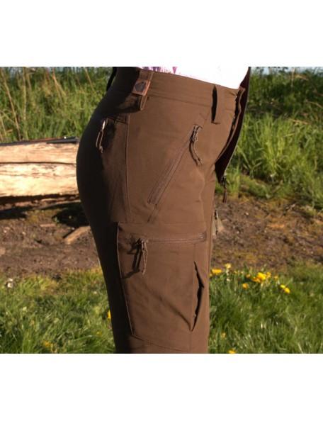 Jagtbukser Frigga Unn fra Northern Hunting med mange praktiske lommer når du er i naturen.