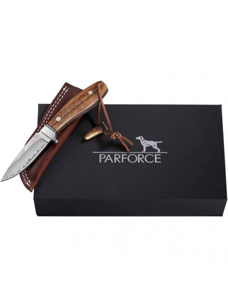 Beautiful hunting knife in Damascus design