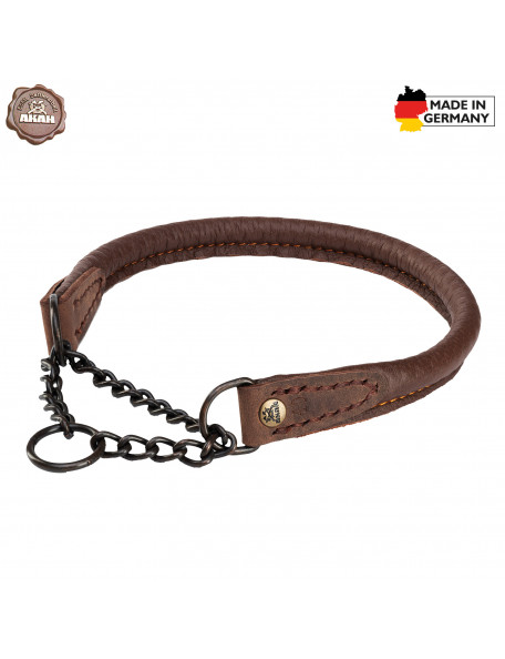 Dog collars in moose leather